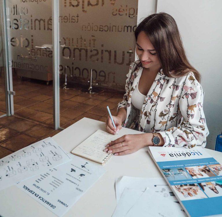 estudiante espanol tlcdenia